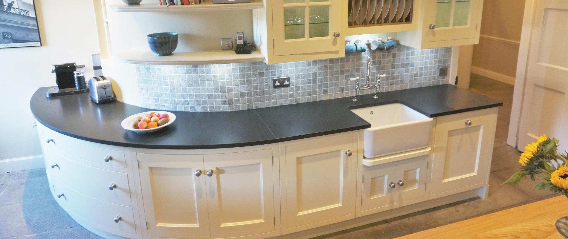 100 kitchen furniture manufacturers uk bespoke for Modern kitchen manufacturers